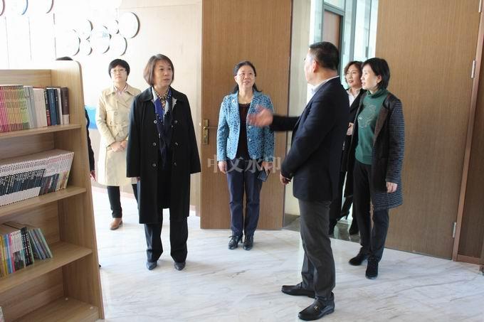 辽宁省及锦州市工会领导检查我司职工书屋建设情况